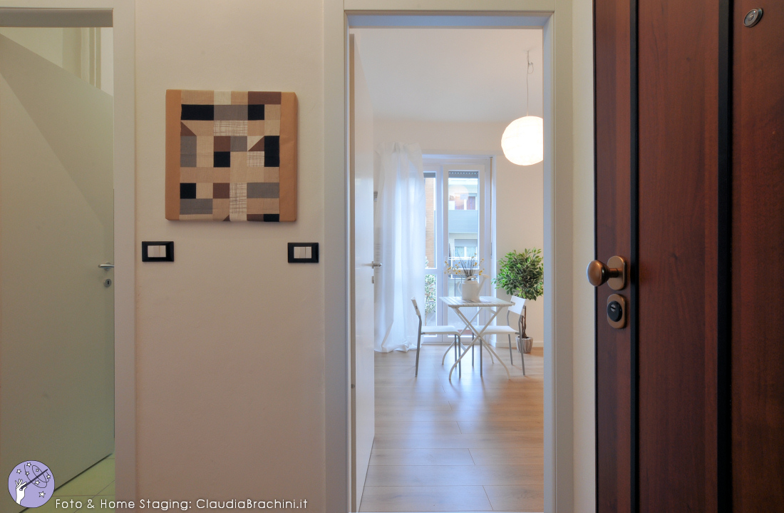Claudia-brachini-home-staging-casa-vuota-ingresso01-rn