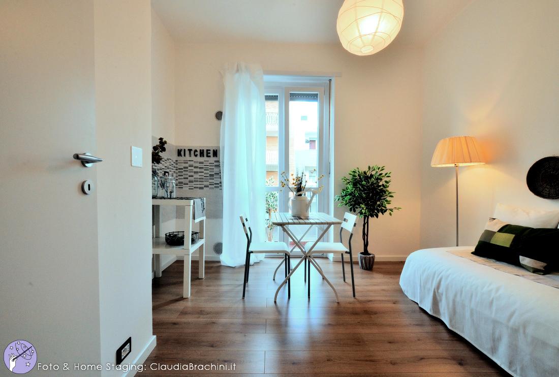 Claudia-brachini-home-staging-casa-vuota-soggiorno-rn