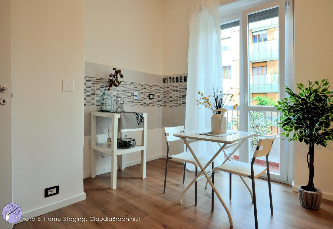 Claudia-brachini-home-staging-casa-vuota-soggiorno03-rn