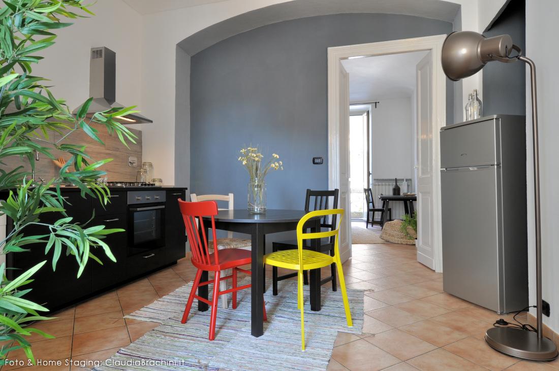 ClaudiaBrachini-homestaging-casavacanze-airbnb-cucina-01f
