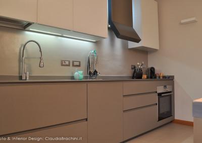"cucina ""Twenty"" di Modulnova resina cemento"
