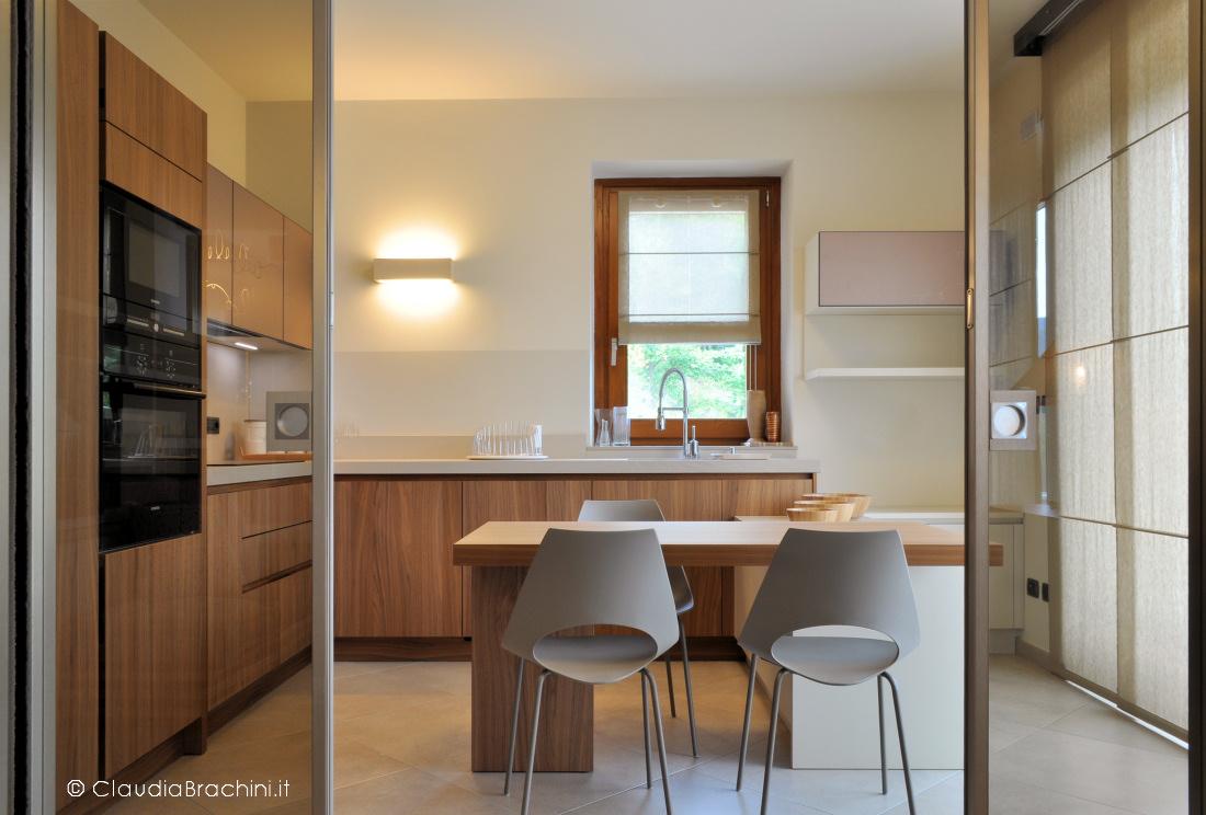 cucina noce canaletto interior design Claudia Brachini