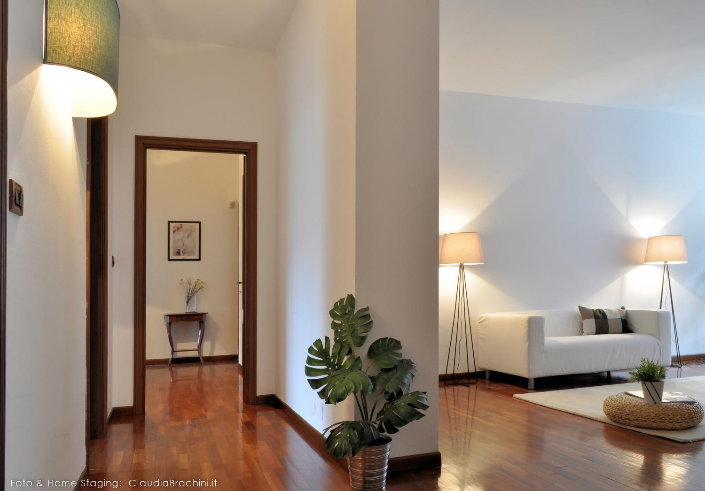 home staging ingresso soggiorno claudia brachini