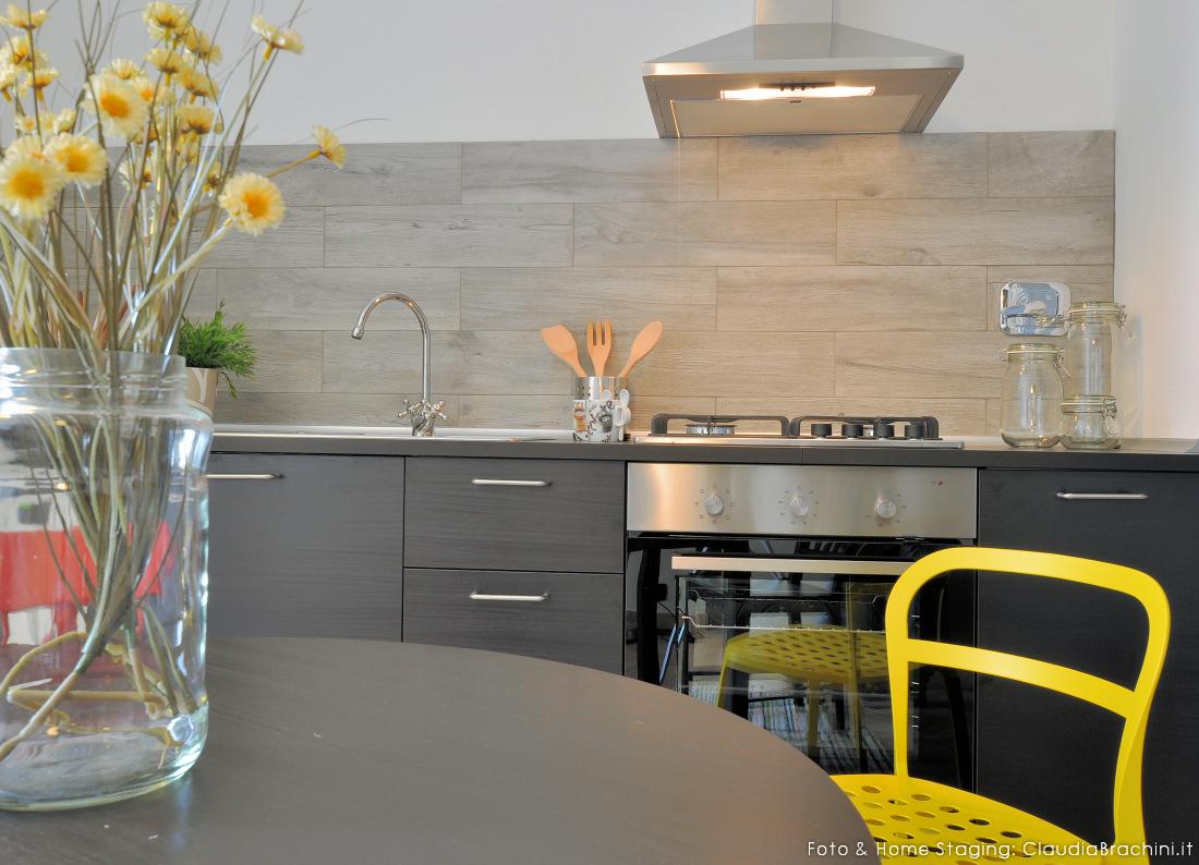 ClaudiaBrachini-homestaging-casavacanze-airbnb-cucina-02f